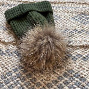 Accessories - Woolen khaki hat with genuine fur